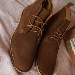 Men's tan suede boot